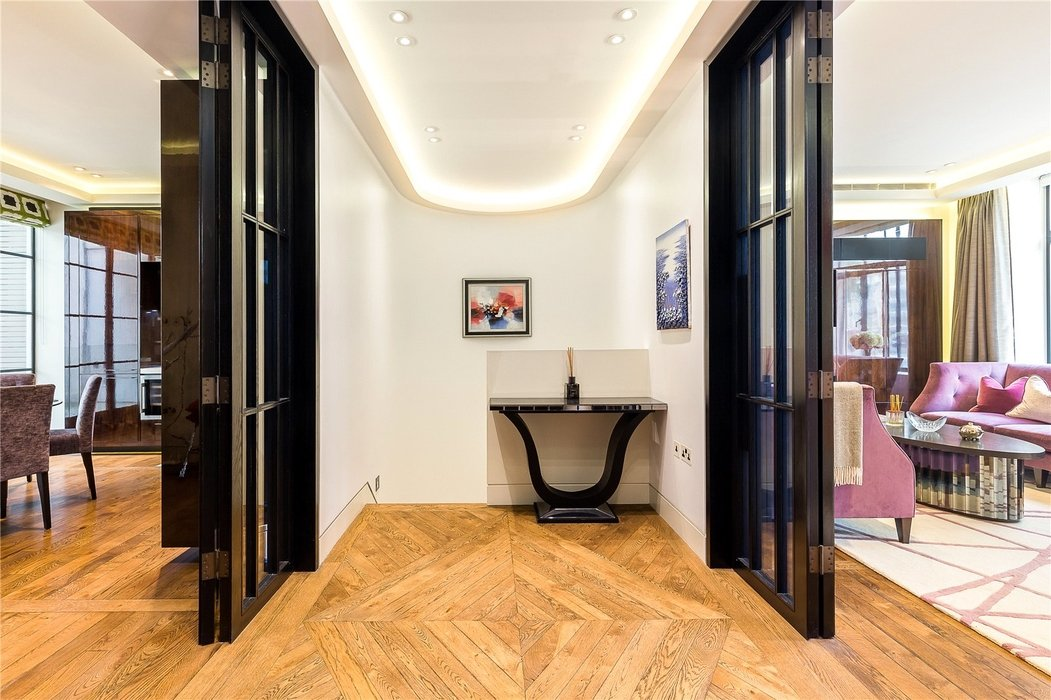 3 bedroom Flat new instruction in London - Image 6