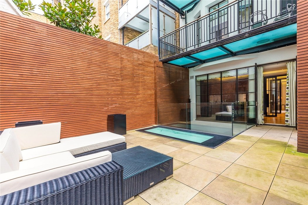 3 bedroom Flat new instruction in London - Image 13
